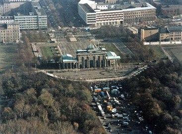 Berlin wall opens