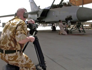 Digital video Gulf 2003 Garry Davies