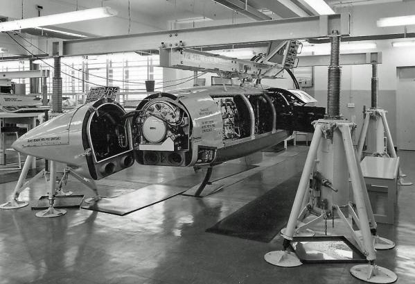 Phantom pod 521 Hanger