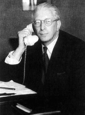 Sidney Cotton circa 1944