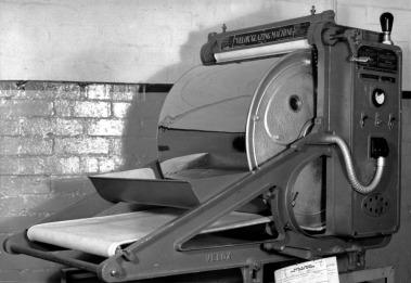 Velox print glazing machine