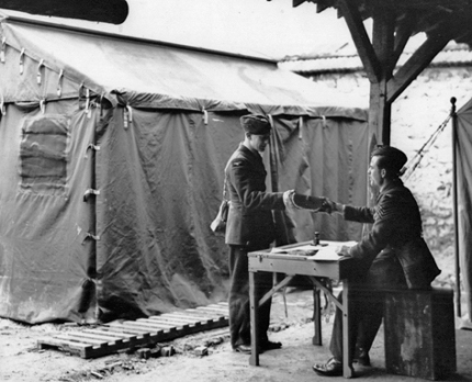WW2 Type B darkroom tent France 1940
