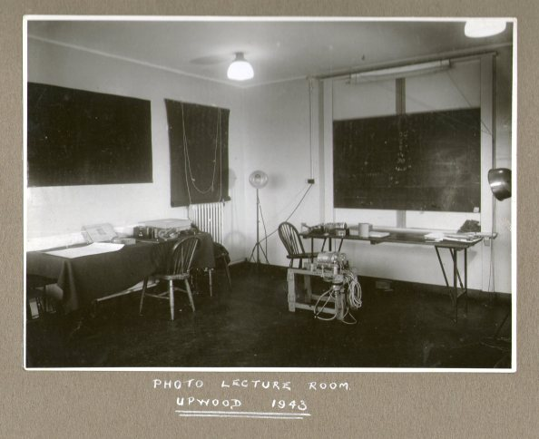 Photo lecture room Upwood 1943