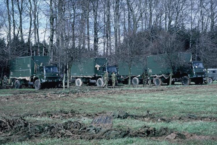RIC Vacating A Muddy Ahden Harrier Site Mar 1973